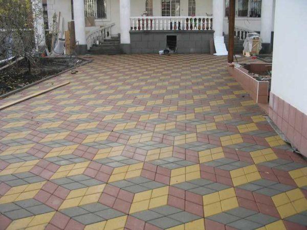 Многоцветная тротуарная плитка