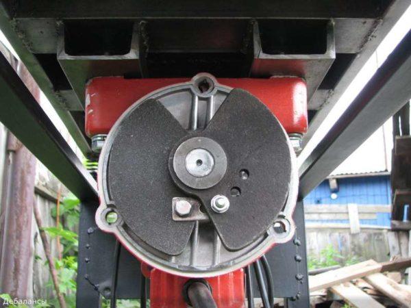 Регулировка дебаланса вибродвигателя