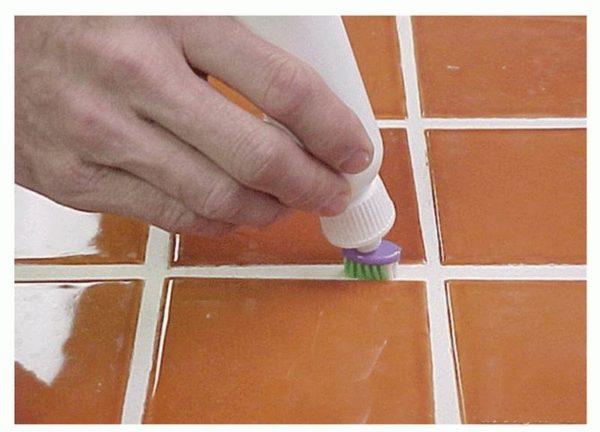 Затирка швов мозаики в ванной своими руками 91