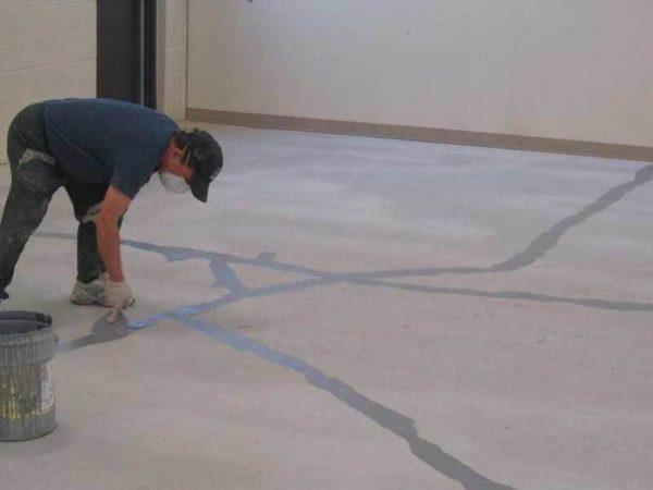 Ремонт трещин бетонного основания