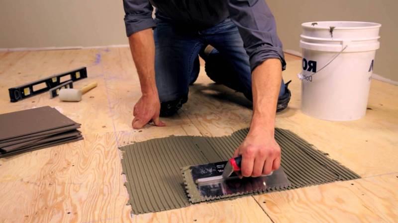 Laying ceramic tile on plywood