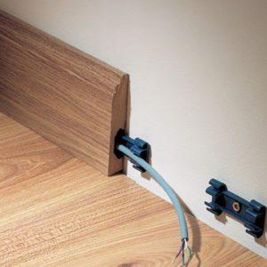 Деревянные молдинги с кабель-каналом