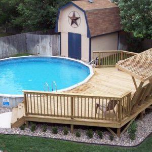 Полузаглубленный бассейн «с прицепом»