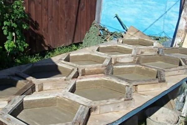 Варианты изготовления форм для тротуарной плитки своими руками