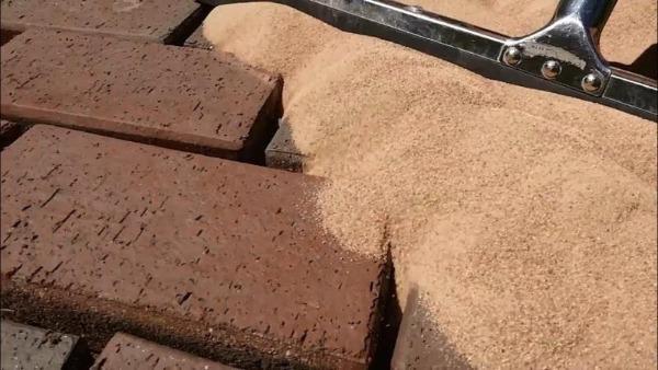 Расшивка швов песком