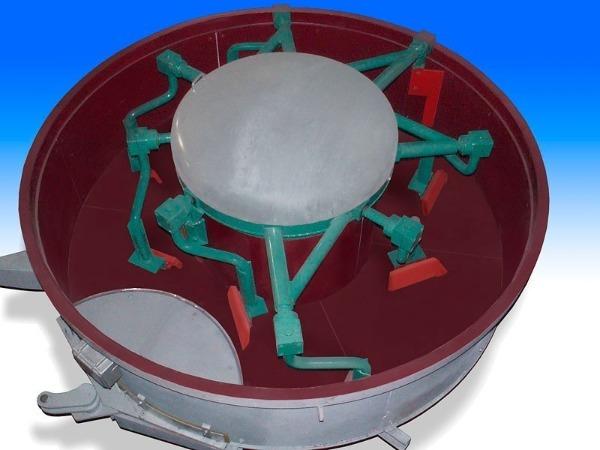 Конструкция бетоносмесителя тарельчатого типа