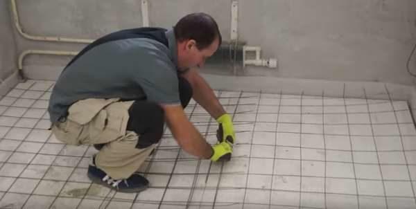 Армирование полусухой стяжки