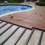 Монтаж террасной доски вокруг бассейна