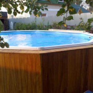 Сборно-разборный бассейн в деревянной окантовке