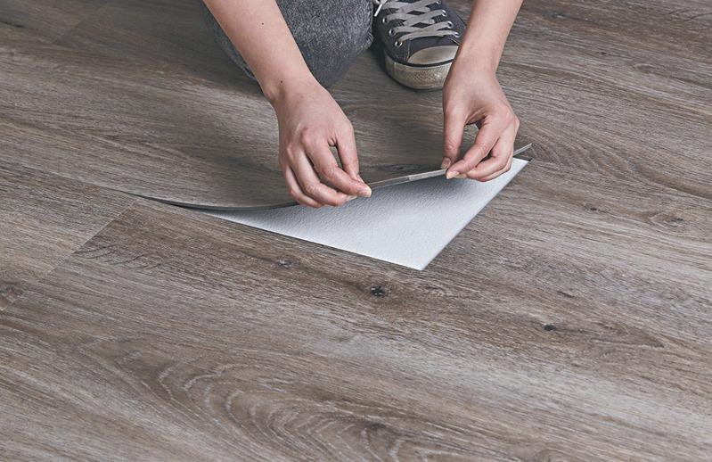 Есть ли разница между плиткой ПВХ и кварцвиниловой плиткой